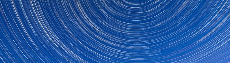 Più volte abbiamo parlato di fotografia notturna sottolineando quanto sia importante la stabilità della macchina fotografica per una buona riuscita della foto. Nel caso in cui si stia cercando di fotografare un cielo stellato oltre ad un buon cavalletto ...