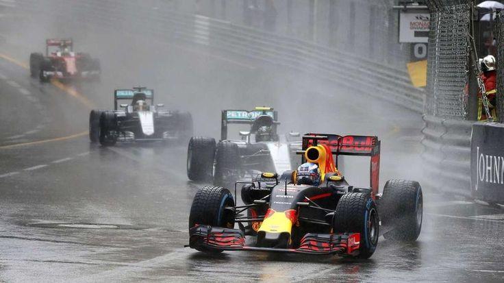 Großer Preis von Monaco   Red-Bull-Panne schenkt Hamilton den Sieg - Formel 1 - Bild.de