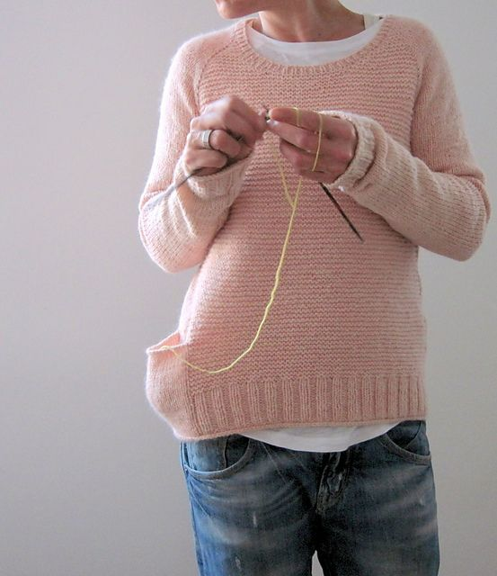 Ravelry: Pink memories pattern by Isabell Kraemer - every sweater should have a yarn pocket! #handknitsweaters #yarn #knittingpattern