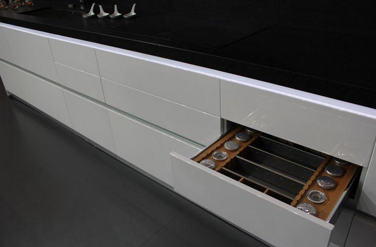 Gavetas modelos de puertas de cocinas pinterest for Cocinas integrales ferreti