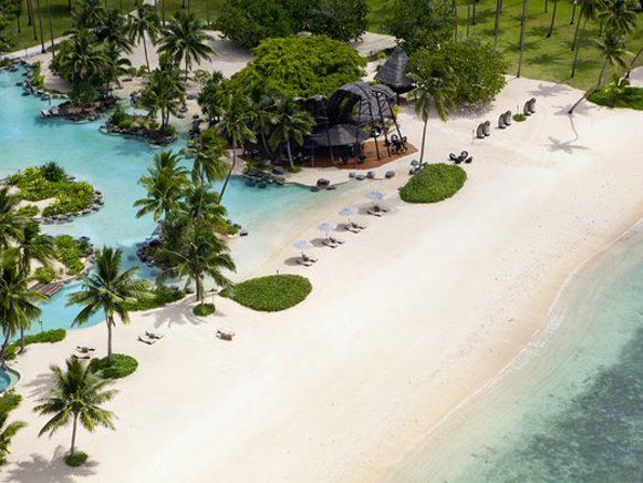 Das Resort Laucala Island auf den Fiji-Inseln! | #fiji | #fijiInsel | #resort | #luxurylifestyle | #honeymoon | #luxurioes | #holiday | #plamtress | #ocean | #exoticdestination | #resort | #paradise | #bestholidays