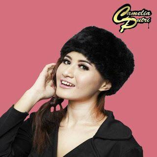 Full lirik lagu Camelia Putri - Digeol Asyik