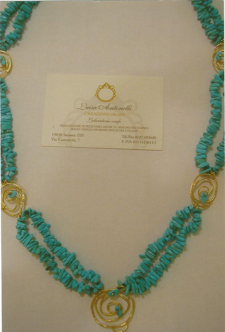 Collana di turchese e oro bianco. White gold and turquoise Necklet.    #jewelry #jewellery #anello #ring #diamond #pearl #handmade #handmadejewelry #gioielli #gioielliartigianali #fattoamano #gold #diamondpave #sapphire #sapphires #oro #orobianco #whitegold #珠宝 #钻石 #豪华 #redgold #ororosso #yellowgold #orogiallo #ذهب #الماس #الفاخرة