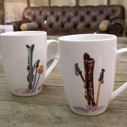 Mug des skieurs en céramique fond blanc (par 4) Chehoma