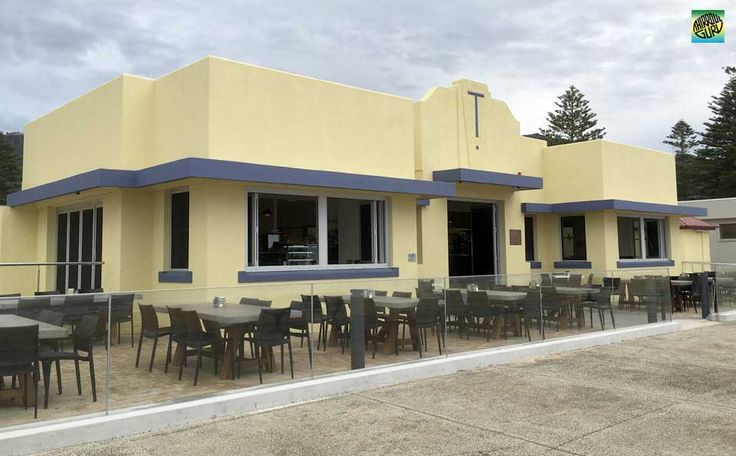 Thirroul Beach Pavilion / Cafe & Bar is located on the promenade at Thirroul Beach in the recently refurbished Thirroul Bather's Pavilion.