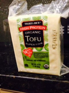 This vacuum packed tofu won't even need to be pressed and paper-towel dried before dredging in rice flour and stir-frying with ginger and #FODMAP friendly veggies.