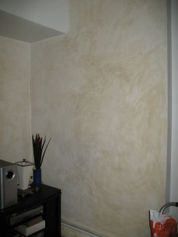 color washing walls with cheesecloth and water and paint