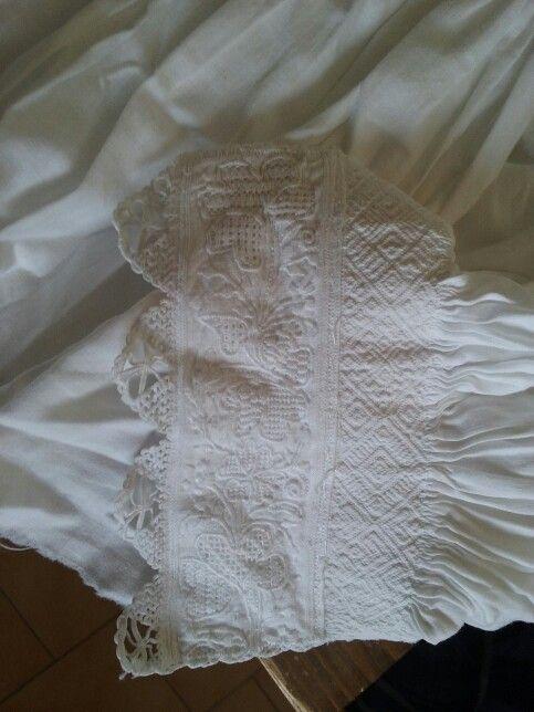 Dettaglio camicia sarda - Orgosolo