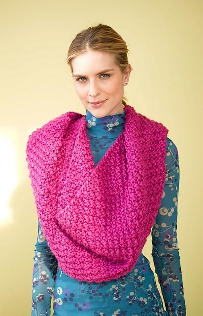 Hooded Cowl Knitting Pattern Ravelry : Ravelry: Cabildo Cowl pattern by Lion Brand Yarn Really Big Cowls Pinterest