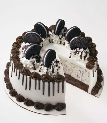 How to Make a Homemade Ice-Cream Cake