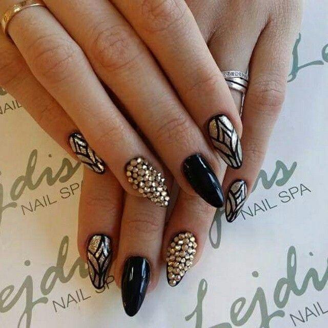 Lakiery hybrydowe SPN UV LaQ 503, 628 & Swarovski Crystal. Nails by Rina Lejdis Nail SPA. #spnnails #uvLaQ #inspiracje #paznokcie #nails #Swarovski