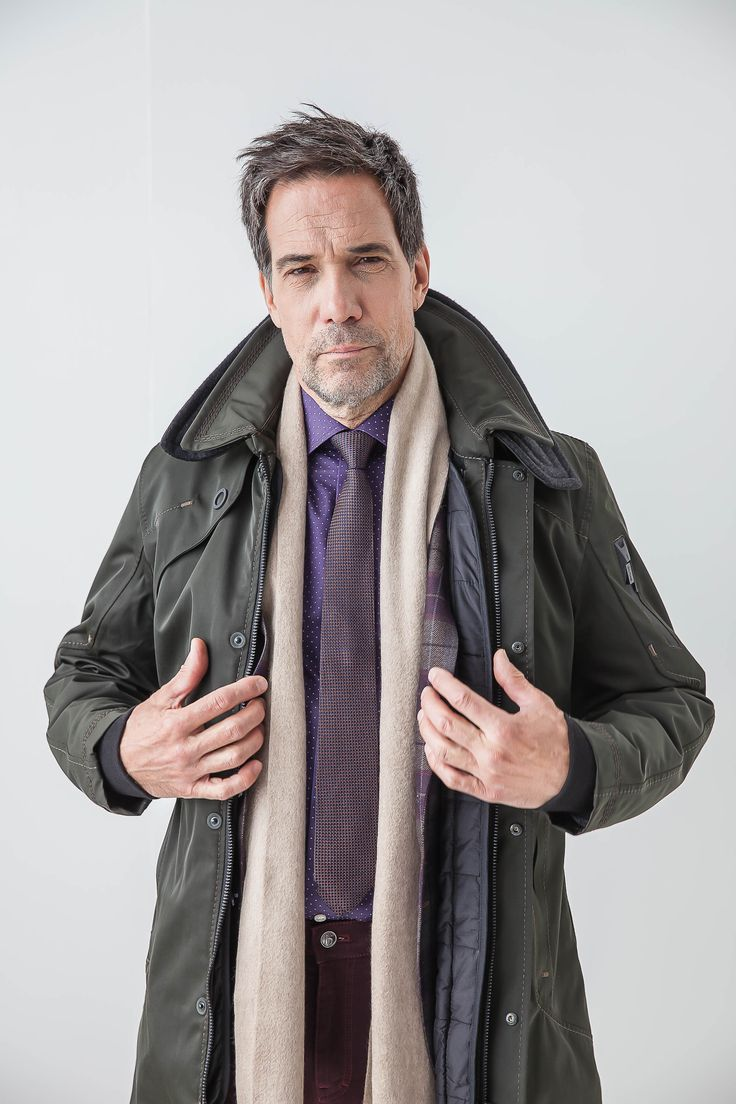 Your overcoat shouldn't be big and bulky. #glab #theodore1922