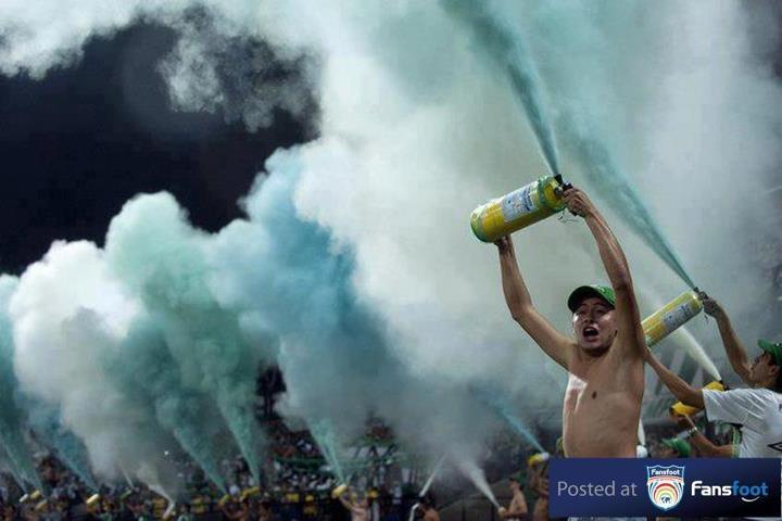 Pyro from #Colombia #Atlético Nacional #Los del sur
