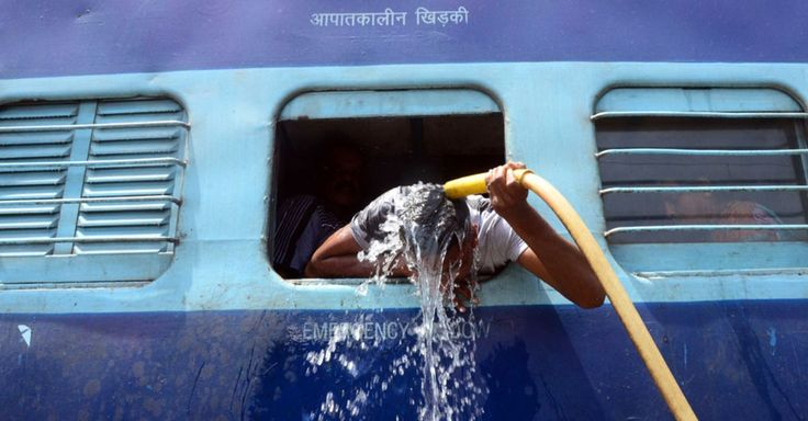 A heat wave sweeping parts of India, including the capital New Delhi, has left more than 500 people dead.