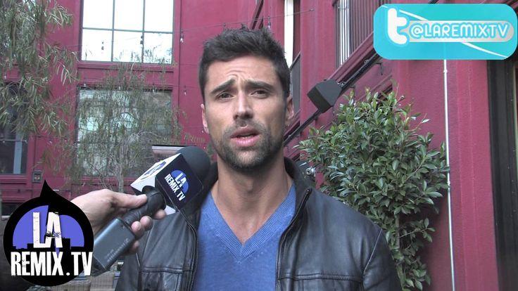 Entrevista a Matias Novoa La Teniente Por Mun2 Matías Novoa Burgos es un actor y modelo chileno, que trabaja principalmente para TV Azteca. Es hijo de la act...