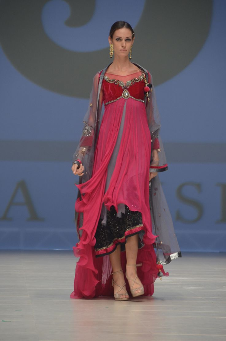 Dubai Fashion Week 2012 – Jaya Misra - PAKISTAN FASHION STYLES