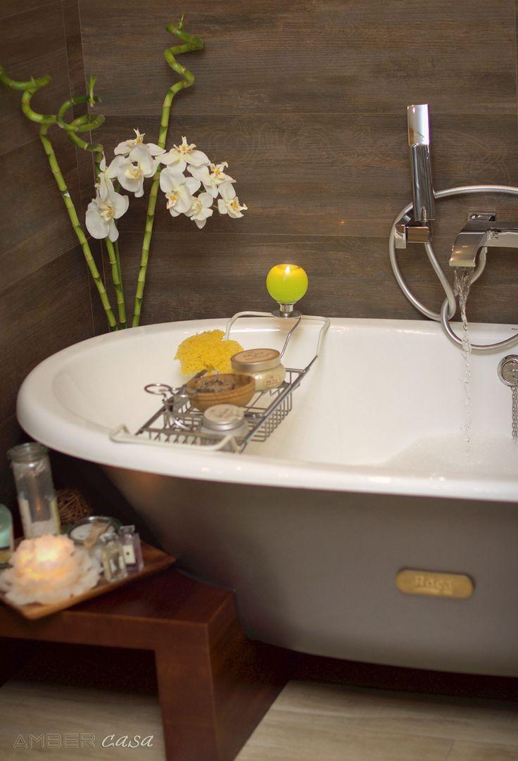 В каждом нашем проекте мы уделяем особое внимание ванной комнате. Ведь мы даже не задумываемся, сколько времени каждый человек проводит в этом небольшом пространстве. И как важно, чтобы ванная комната была действительно оазисом, маленьким райским островом…