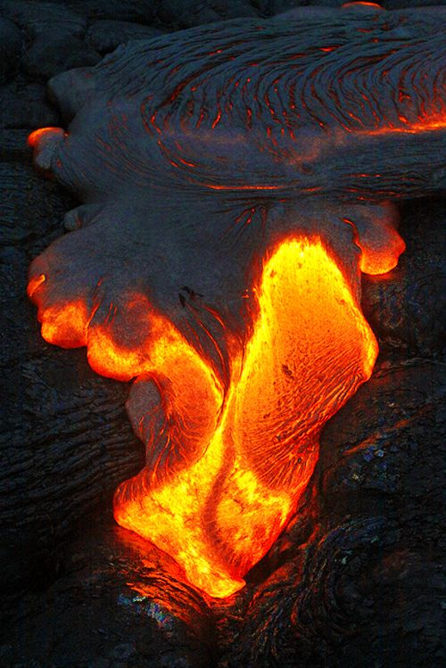 lava is so deadly but so pretty too!