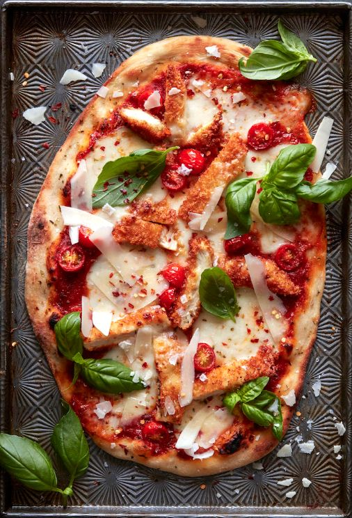 Chicken Parmesan Pizza from www.whatsgabycooking.com (@whatsgabycookin)