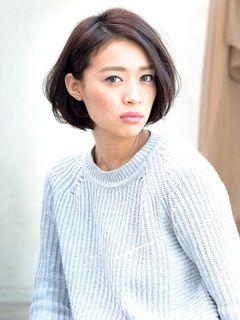 上品な耳かけボブスタイル♡ オフィスのヘアスタイルルックのまとめ 髪型・アレンジ・カットの参考に。