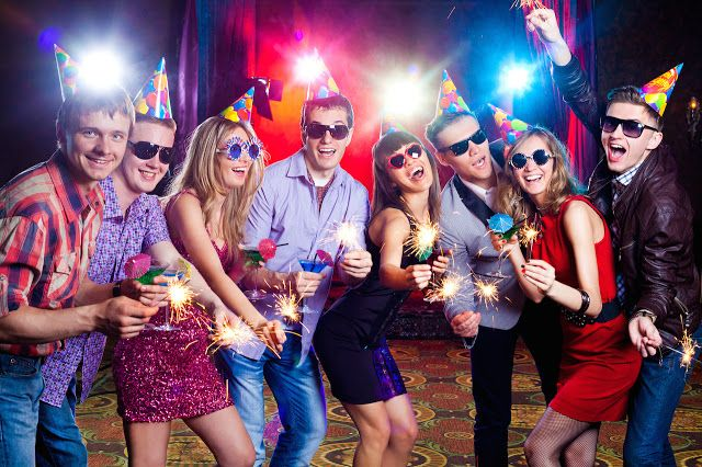 Do you want to have a good time? Then throwing a party is a great way to have fun with friends. Below are some simple tips for holding a party: