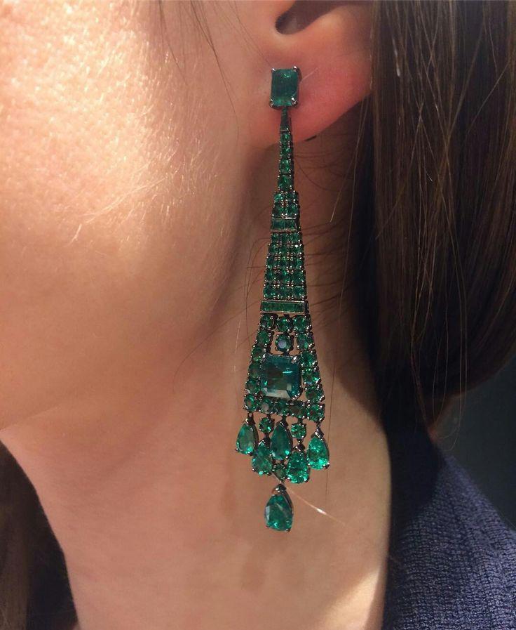 @twentyonejewels. Emerald earrings, by Cicada New York.