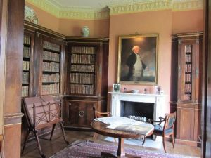 Bibliotheek in Melford Hall, Sudbury, Suffolk (Engeland)