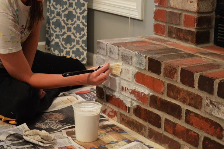 Whitewashing brick fireplace diy pinterest briques - Peindre cheminee brique rouge ...