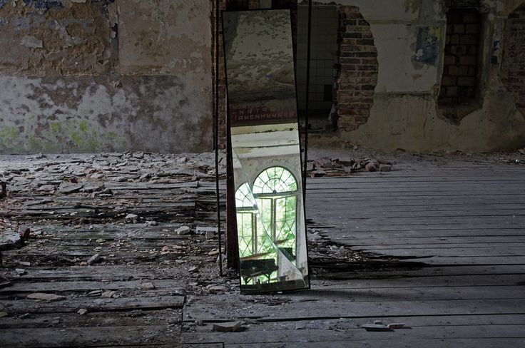 The 18 Most Hauntingly Beautiful Abandoned Places In Germany:  The former TB hospital, Heilstätte Grabowsee