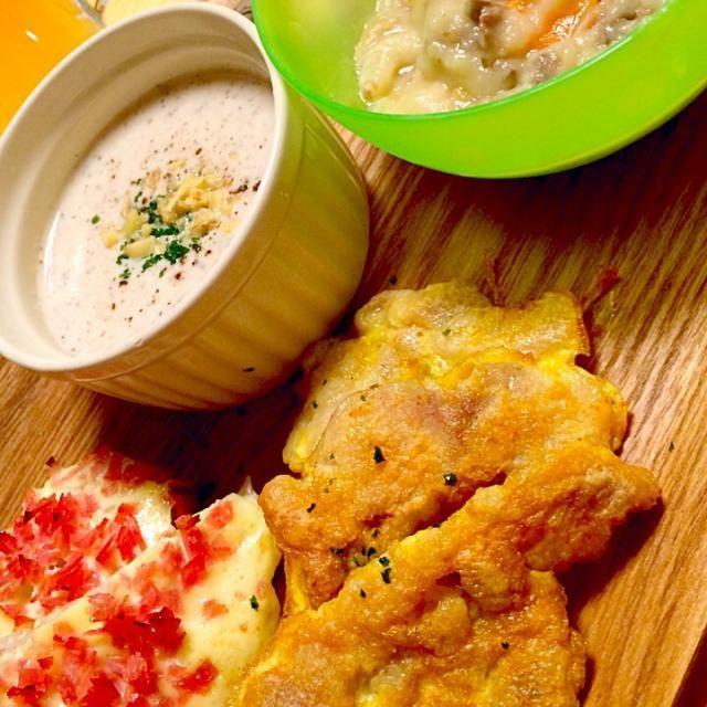 シチューは牛肉入り(๑′௰‵๑) - 20件のもぐもぐ - 鶏肉のピカタ、キノコのスープ、新玉葱のマヨ焼、冷凍保存していたホワイトシチュー by mah7