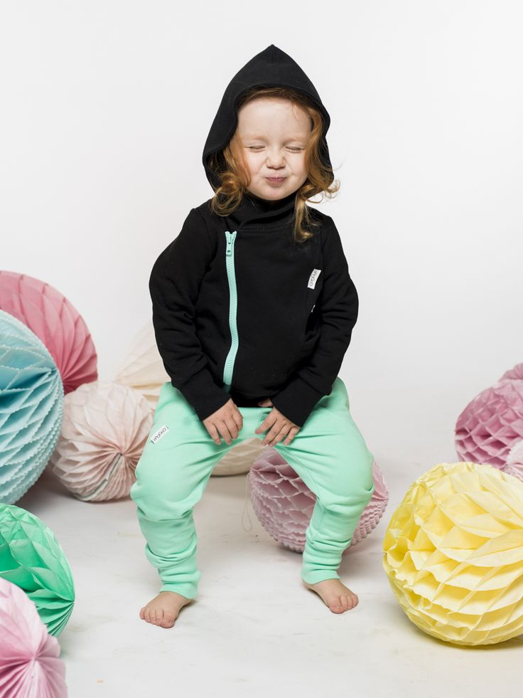 Gugguu, kids fashion, kids style, summer style, pastel clothes, kids clothes, boys style, little boys, little girls, college hoodie, hoodie, baggy