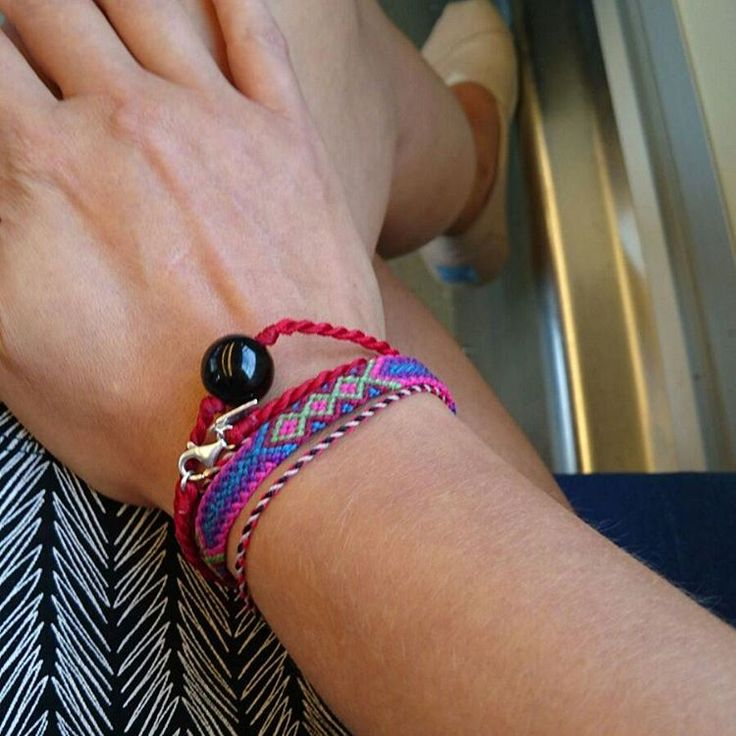 Our necklace can be bracelet also, thanks for the pic @uki_83 #Mira #silver #billiesbali #realbali #shop #shopinbali #shopincanggu #love #universe #travel #traveling #sun #matahari #sand #stone #blackpearl #jade #pearl #shell #coconut #kelapa #bracelet #neckless #canggupantai #happylifestyle #Bali #balilife #canggu #pineapple #cubansalsaindonesia