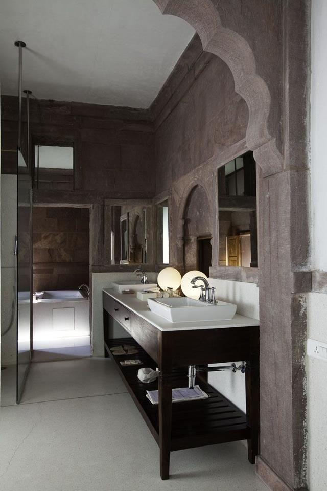 C'est la vanité parfaite pour ma salle de bain.... où puis-je la trouver?!   Bathroom interior design
