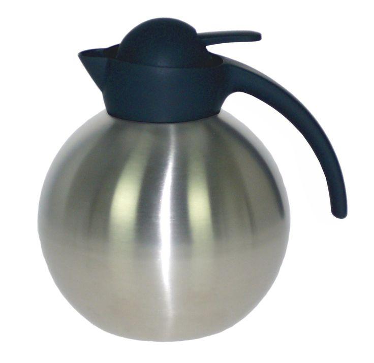 Tarjous viilenevään syysiltaan: teräksinen termoskannu, jonka sisällä teesiivilä haudutukseen. Kätevää!  Nyt vain 19,90 (norm. 31,90)!
