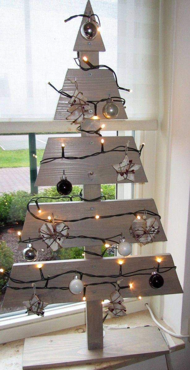 Mooie houten kerstboom, erg makkelijk om te maken.