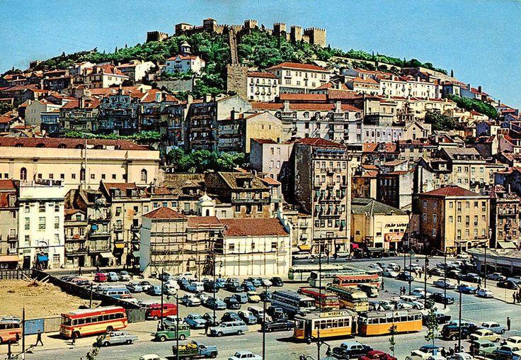 File:Lisbon - Castelo do São Jorge & Largo Martim Moniz (1968).jpg