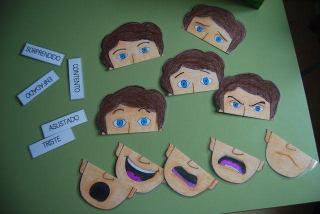 Um material bem legal que você pode imprimir para trabalhar o reconhecimento de emoções. São 5 faces, cada uma representando uma emoção que após ser ...