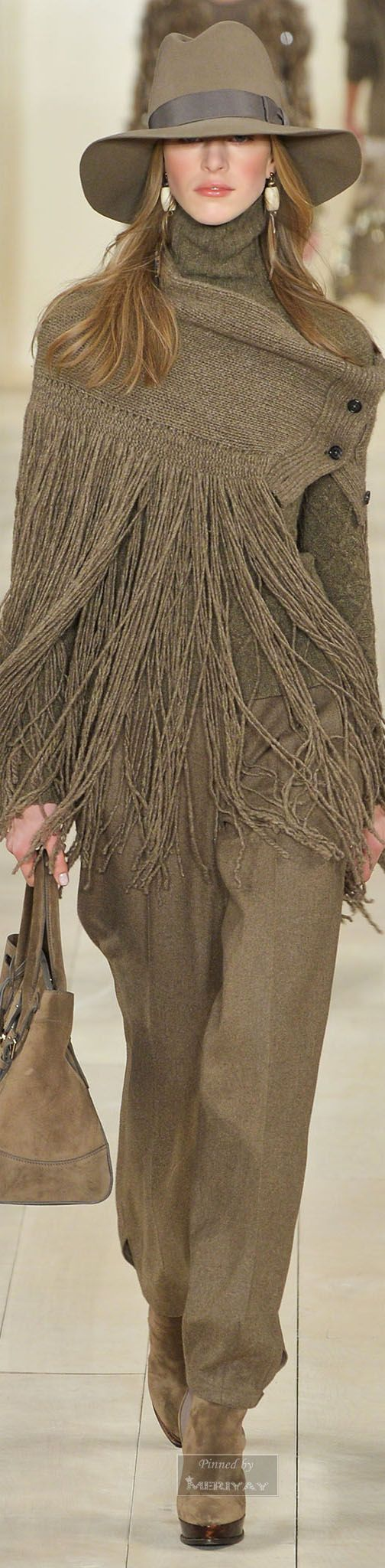 Ralph Lauren.Fall 2015. I'm not sure I love this fringe fall trend but this is pretty nice.