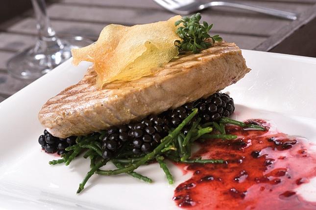 Recept - gegrilde tonijn met bramen en zeekraal - Zonnigfruit