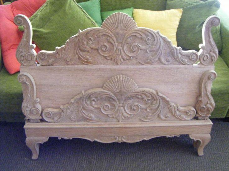 Cama completa de madera de roble recuperada y restaurada for Muebles ezcaray