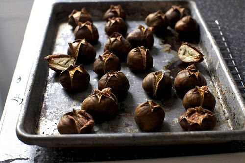 roasted chestnut cookies: Favorit Things, Cakes Chestnut, Tiny Kitchens, Food Things, Cooking Weblog, Roasted Chestnut, Chestnut Cookies, Chestnut Version, Smitten Kitchens