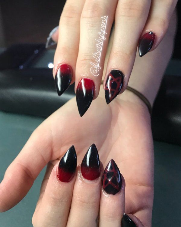 20 Simple Black Nail Art Design Ideas 1 With Images Valentines Nail Art Designs Goth Nails Red Nail Art