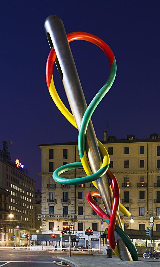 Claes Oldenburg and Coosje van Bruggen - Filo e Nodo (Needle, Thread and Knot) 2000, Piazzale Cadorna, Milan, Italy