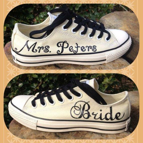 Personalised converse shoes!   #weddingshoes #trouwschoenen www.bijnatrouwen.nl