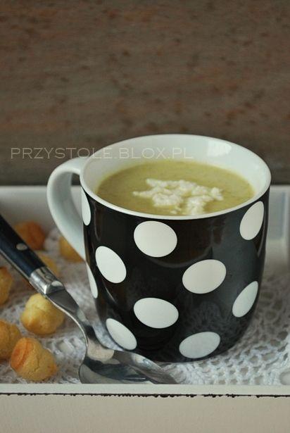 lekka zupa brokułowa z fetą