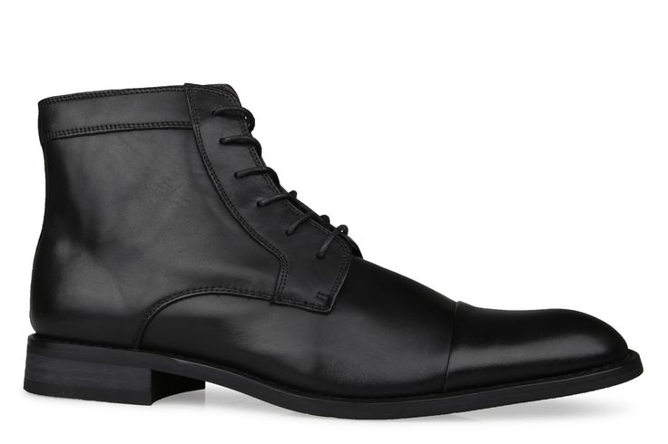 Shoe Connection - Bata - Croft leather lace-up ankle boot. $189.99 https://www.shoeconnection.co.nz/mens/boots/lace-up-boots/bata-croft-leather-lace-up-boot?c=Black