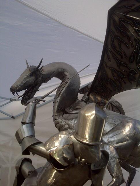 17 best images about metal sculpture on pinterest sculpture hanging gardens and metal art. Black Bedroom Furniture Sets. Home Design Ideas