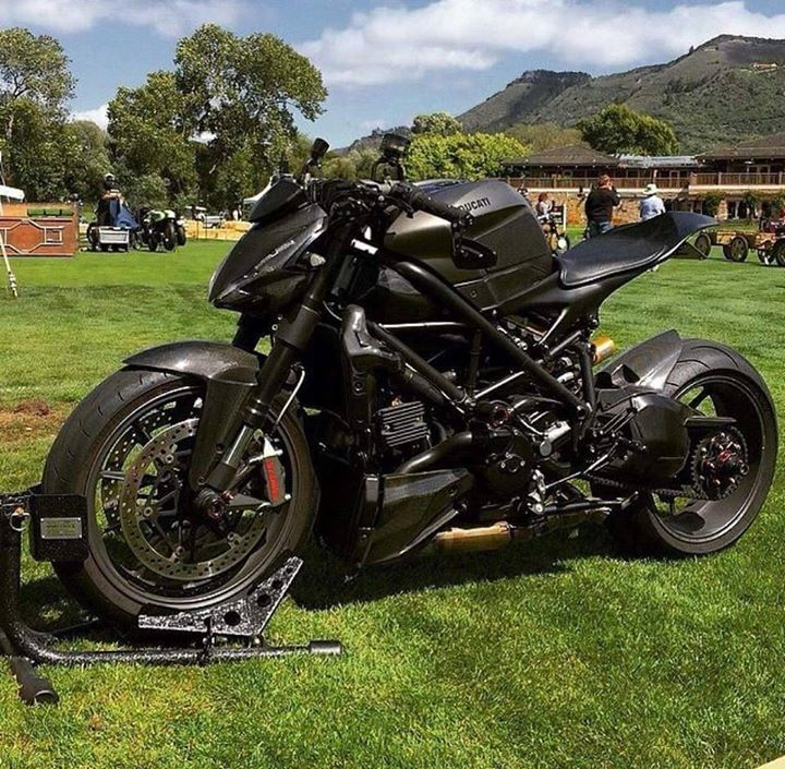 Insurances Quotes For Cars >> Blacked out Ducati Streetfighter with Double Dog's subframe | Ducati | Pinterest | Ducati, Posts ...