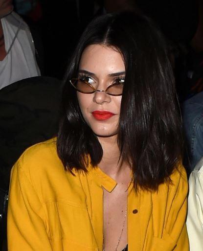 #Kendall #Jenner #short #cut #bob #hair #haircut #fashionshow #LA