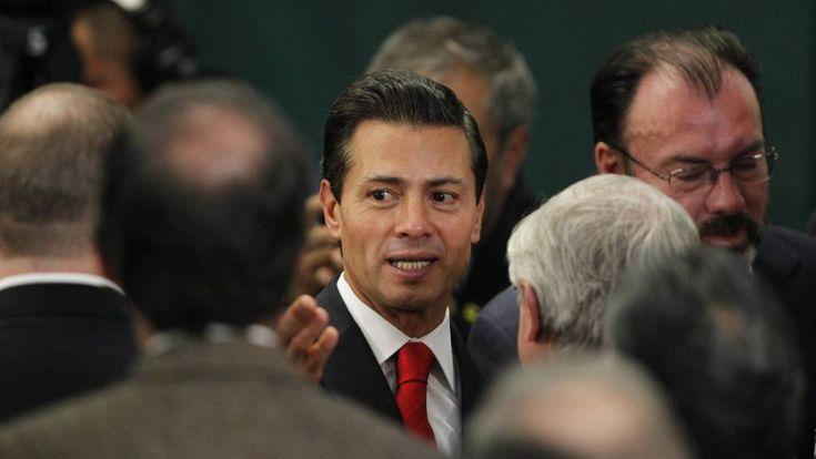 """Peña Nieto mantiene de momento el viaje a Washington y pide """"respeto"""" para México    El canciller mexicano, Luis Videgaray, ha confirmado ..."""
